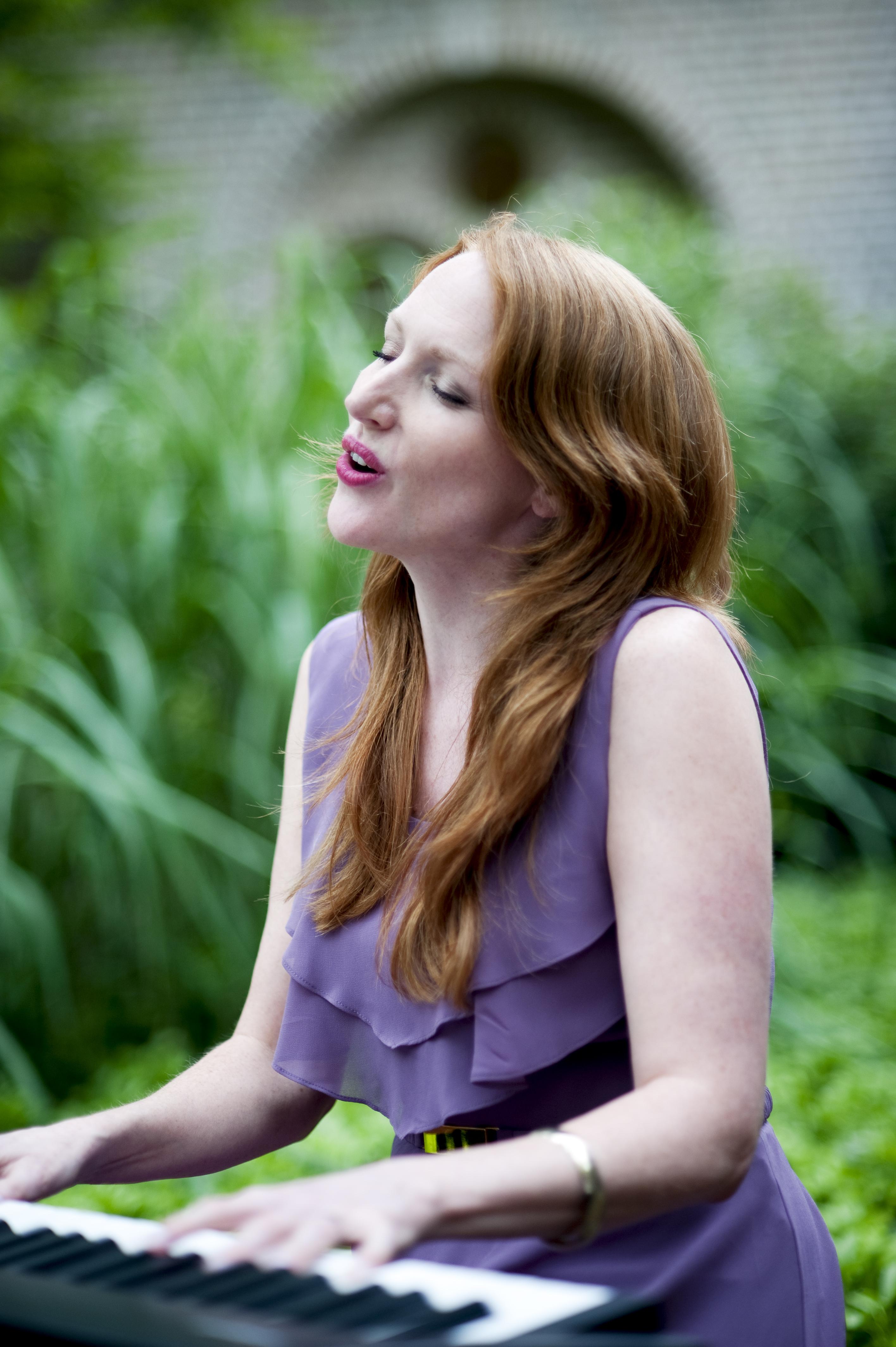 Marijke Nuchelmans zangeres huwelijksceremonie